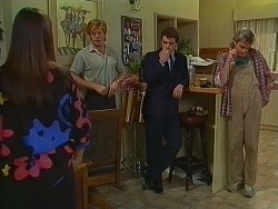 Zoe Davis, Clive Gibbons, Paul Robinson, Shane Ramsay in Neighbours Episode 0294