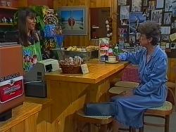 Zoe Davis, Nell Mangel in Neighbours Episode 0294