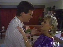 Des Clarke, Daphne Clarke in Neighbours Episode 0441