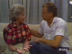 Helen Daniels, Jim Robinson in Neighbours Episode 0441