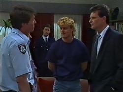 Det. Constable Garry, Henry Ramsay, Des Clarke in Neighbours Episode 0442