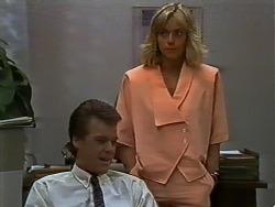 Paul Robinson, Jane Harris in Neighbours Episode 0442