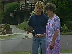 Henry Ramsay, Nell Mangel in Neighbours Episode 0442
