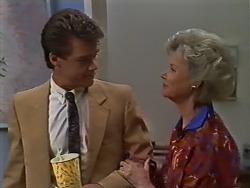 Paul Robinson, Helen Daniels in Neighbours Episode 0442