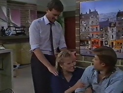 Des Clarke, Daphne Clarke, Mike Young in Neighbours Episode 0442