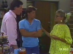 Des Clarke, Mike Young, Daphne Clarke in Neighbours Episode 0443