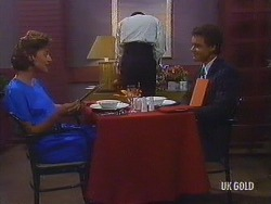 Gail Robinson, Paul Robinson in Neighbours Episode 0443