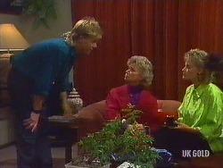 Scott Robinson, Helen Daniels, Daphne Clarke in Neighbours Episode 0443