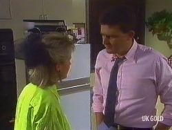 Daphne Clarke, Des Clarke in Neighbours Episode 0443