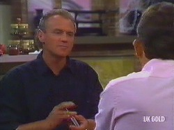 Jim Robinson, Des Clarke in Neighbours Episode 0443