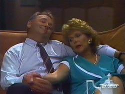 Harold Bishop, Madge Mitchell in Neighbours Episode 0444