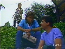 Daphne Clarke, Mike Young, Des Clarke in Neighbours Episode 0444