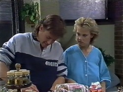 Mike Young, Daphne Clarke in Neighbours Episode 0446