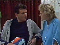 Des Clarke, Daphne Clarke in Neighbours Episode 0446