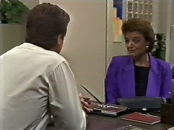 Paul Robinson, Gail Robinson in Neighbours Episode 0447