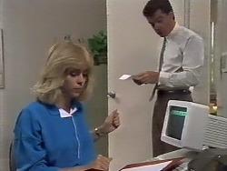Jane Harris, Paul Robinson in Neighbours Episode 0447