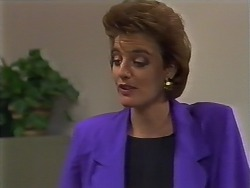 Gail Robinson in Neighbours Episode 0448