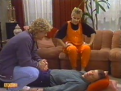 Henry Mitchell, Daphne Clarke, Des Clarke  in Neighbours Episode 0502