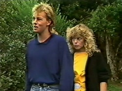 Scott Robinson, Charlene Mitchell  in Neighbours Episode 0502