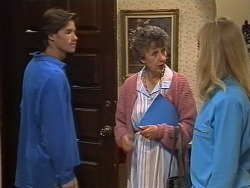 Mike Young, Nell Mangel, Jane Harris in Neighbours Episode 0738