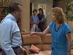 Harold Bishop, Nell Mangel, Henry Ramsay, Madge Bishop in Neighbours Episode 0738