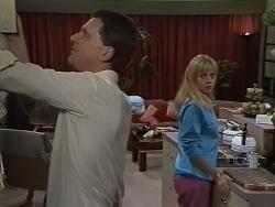 Des Clarke, Jane Harris in Neighbours Episode 0738