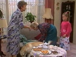 Nell Mangel, Bouncer, Helen Daniels, Katie Landers in Neighbours Episode 0742