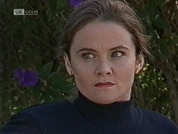 Julie Robinson in Neighbours Episode 1941