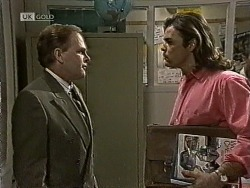 Vince Roland, Wayne Duncan in Neighbours Episode 1943