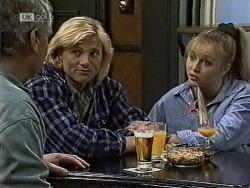 Lou Carpenter, Brad Willis, Lauren Carpenter in Neighbours Episode 1943