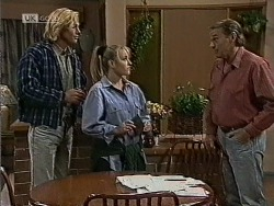 Brad Willis, Lauren Turner, Doug Willis in Neighbours Episode 1944