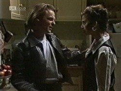 Harvey Johnson, Beth Brennan in Neighbours Episode 1944
