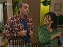 Doug Willis, Pam Willis in Neighbours Episode 1944