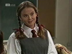Julie Robinson in Neighbours Episode 1944