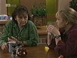 Pam Willis, Lauren Turner in Neighbours Episode 1945