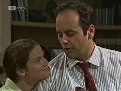 Julie Robinson, Philip Martin in Neighbours Episode 1945