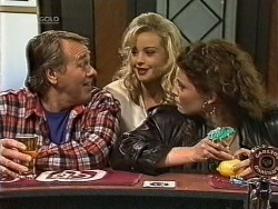 Doug Willis, Annalise Hartman, Gaby Willis in Neighbours Episode 1947