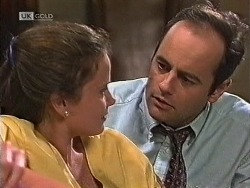 Julie Robinson, Philip Martin in Neighbours Episode 1947