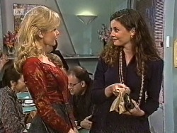 Annalise Hartman, Gaby Willis in Neighbours Episode 1947