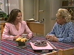 Julie Robinson, Helen Daniels in Neighbours Episode 1947