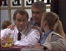 Doug Willis, Lou Carpenter, Lauren Turner in Neighbours Episode 1949