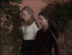 Annalise Hartman, Gaby Willis in Neighbours Episode 1949