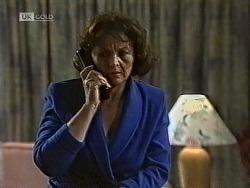 Pam Willis in Neighbours Episode 1950