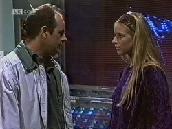 Philip Martin, Phoebe Bright in Neighbours Episode 1950