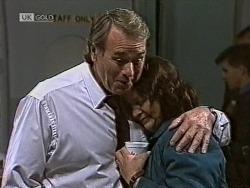 Doug Willis, Pam Willis in Neighbours Episode 1950
