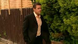 Paul Robinson in Neighbours Episode 5204