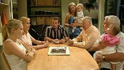 Janae Hoyland, Janelle Timmins, Toadie Rebecchi, Steph Scully, Charlie Hoyland, Harold Bishop, Lou Carpenter, Kerry Mangel (baby) in Neighbours Episode 5209