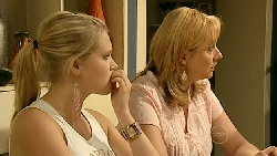 Janae Hoyland, Janelle Timmins in Neighbours Episode 5209