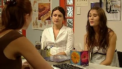 Charlotte Stone, Rosie Cammeniti, Carmella Cammeniti in Neighbours Episode 5212