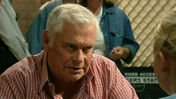 Lou Carpenter, Sky Mangel in Neighbours Episode 5218
